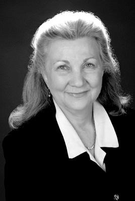 Lynette Berg Robe